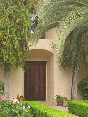 Door and garden sta inez