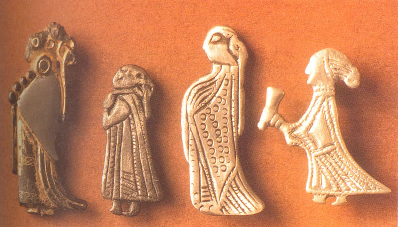 Valkyrie women pieces